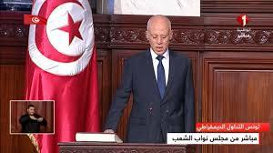 Photo of تونس: قيس سعيد يؤدي اليمين الدستورية  ويتجه نحو قرطاج