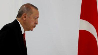 Photo of معارض سوري:أردوغان يمارس النفاق السياسي وغرّر بالسوريين وزجّ بهم في معركة ليبيا