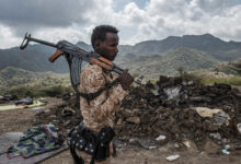 Photo of أهالي الجنود الصوماليين المشاركين في الحرب في تيغراي يتظاهرون بمقديشو