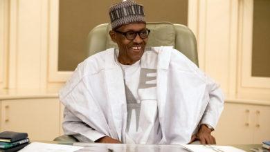 Photo of الرئيس النيجيري يدعو أمريكا إلى نقل مقر أفريكوم من ألمانيا إلى إفريقيا