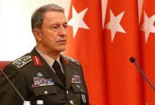 Photo of تركيا تتعامل مع طرابلس كإيالة: وزير الدفاع التركي يحل بمعيتيقة دون علم أحد