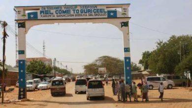 "Photo of تحركات عسكرية ومخاوف من اندلاع قتال في مدينة""غري عيل""الصومالية"