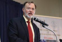 Photo of مسؤول أمريكي:على الحكومة الصومالية أن تواجه حركة الشباب إذا عارضت خطة الإتحاد الإفريقي